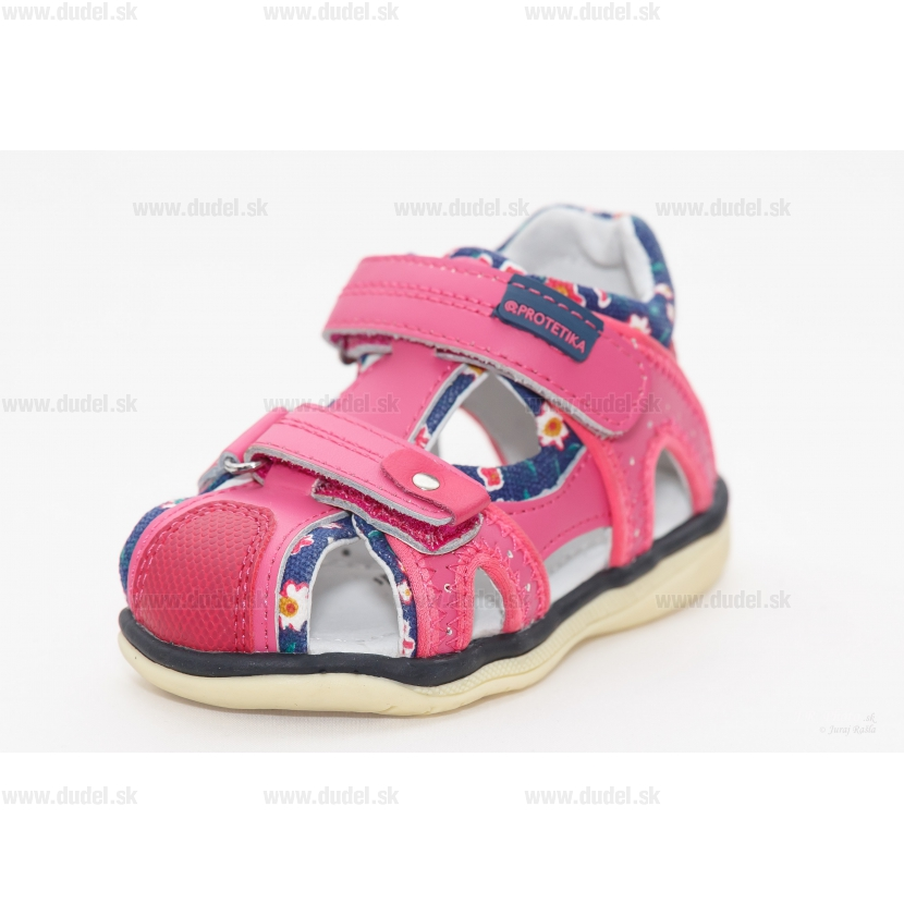 47a91200b8 detské sandále Protetika - Martina fuxia